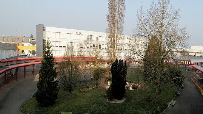 Lycée Joliot Curie Romilly + ret-ext-bassin.jpg